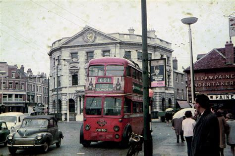 Evocative Photos of London Trolley Buses in 1962 - Their