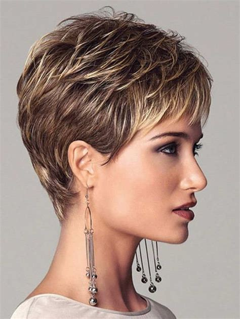 3 Edgy Ways of using Highlights for reviving Your Short Hair