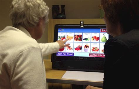 Older people have a thirst for technology - Latest - News